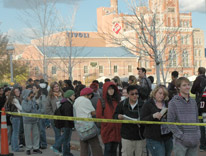 Students, faculty and staff waiting in line to get President Obama tickets
