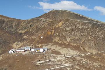 CU physicians work, treat patients atop remote Andean peak