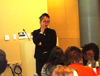 Beth Richie discusses violence against women at Center on Domestic Violence workshop
