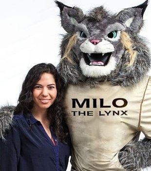 Student Juliana Valera with Milo the Lynx