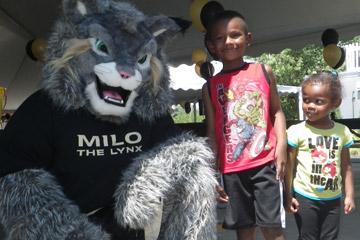 MILO and kids at Elitch Gardens