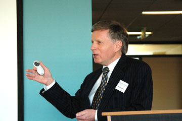 Energy expert Vincent Kaminski discusses global energy system at CU Denver Business School