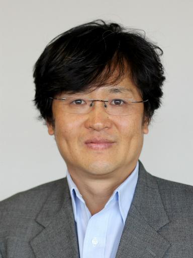 Onook Oh, assistant professor in the Business School