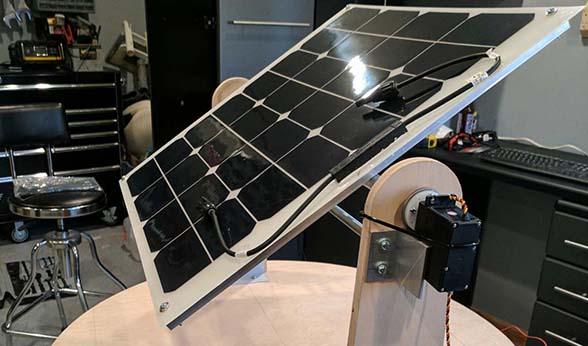 Student Team Devises Solar Panel That Follows Sun