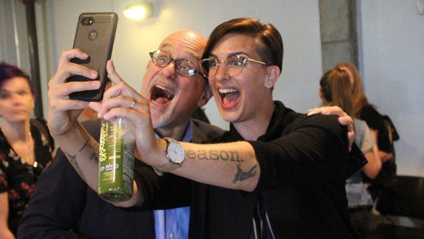 Dan Gilbert takes selfie