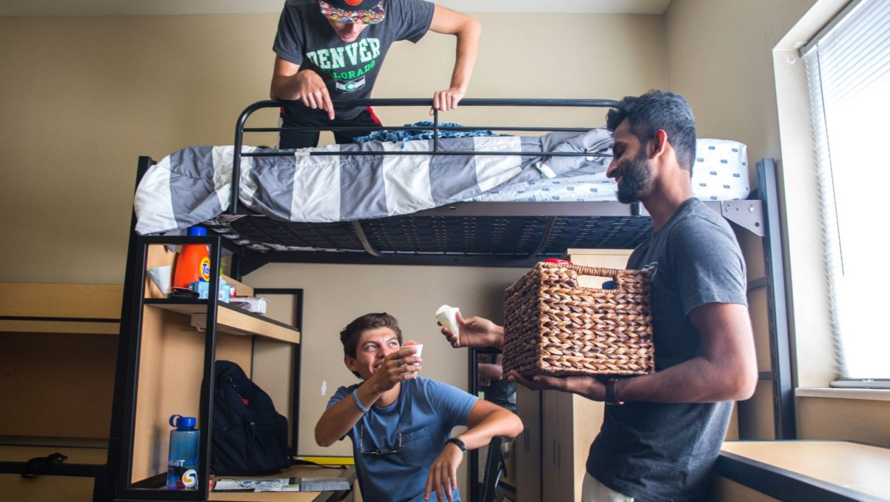 Freshman settle into Campus Village.