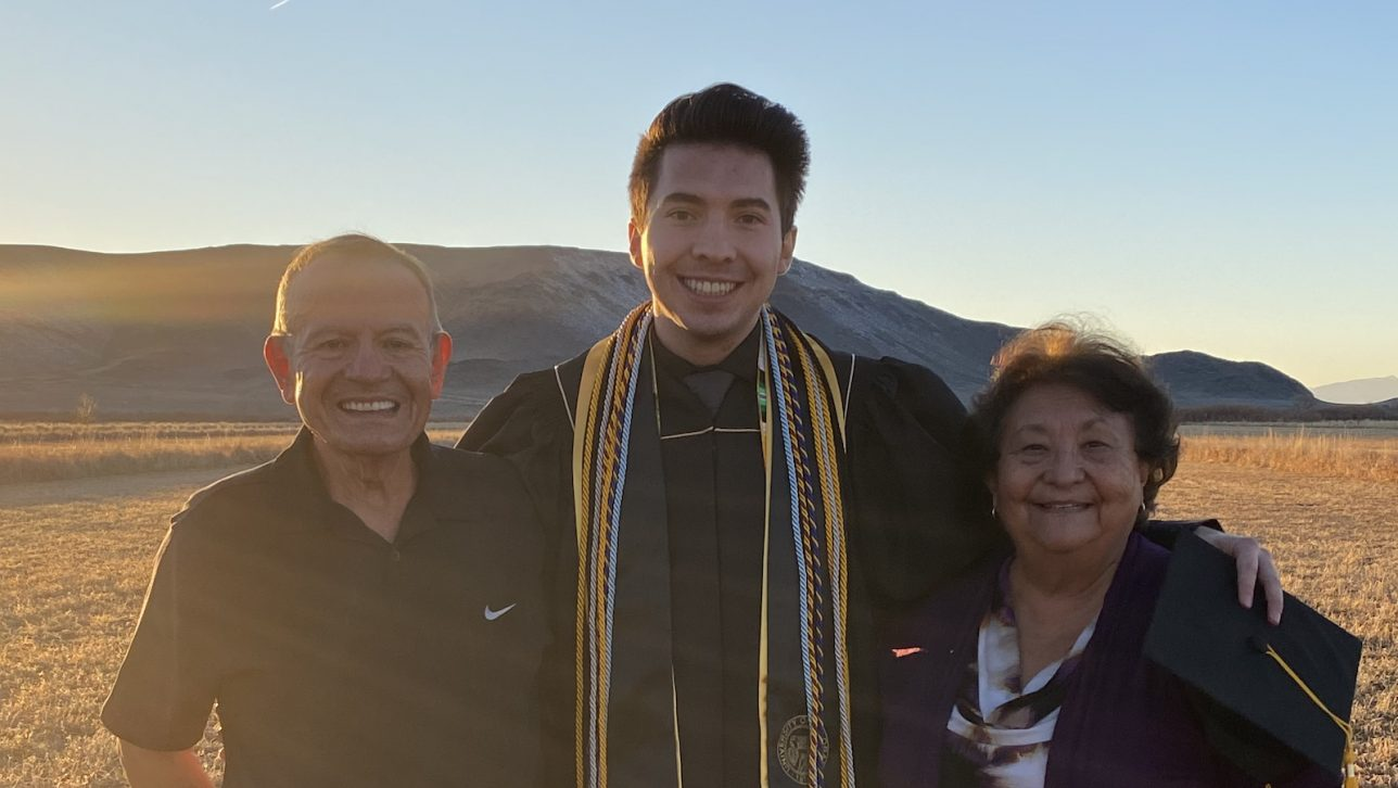 Austin Chavez 2020 graduate pictured with family